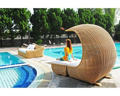 DAYBED RELAX + POUFF