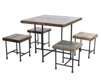Set tavolo + 4 sgabelli...